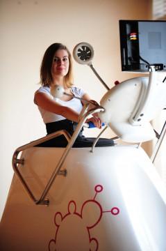 Aerobní stroj vacushape aneb jak rychle zhubnout do plavek?